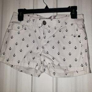 Jr. Booty shorts